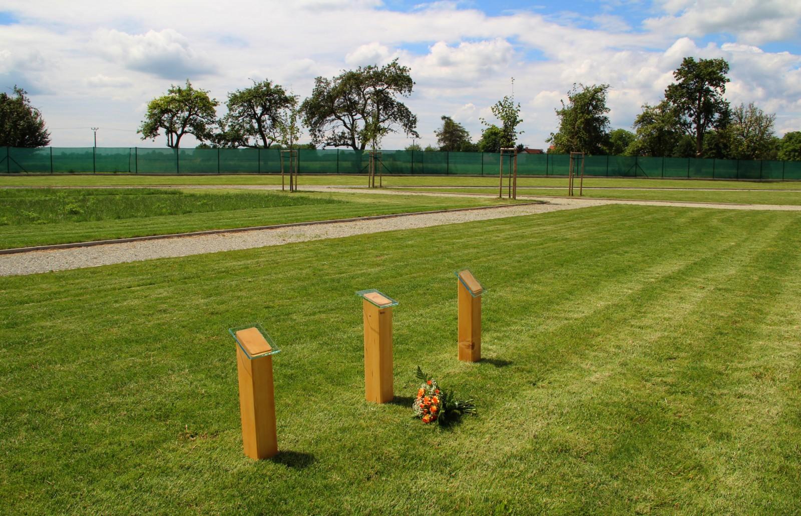 Hřbitov zvířat a vsypová loučka v Niměřicích u mladé Boleslavi